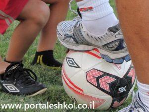 משחק כדורגל באשכול