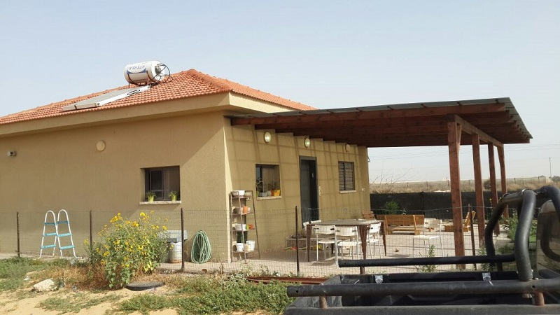 בית להשכרה במושב יתד